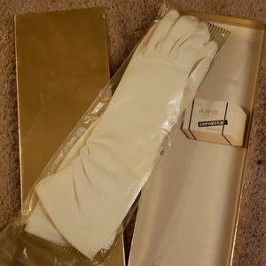 Vintage Aris imported long white glove 6 1/2